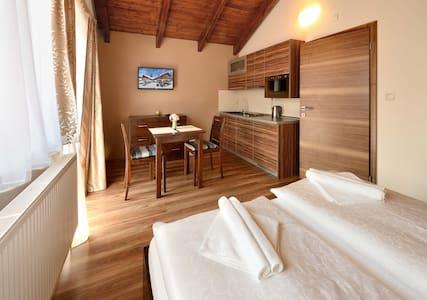 Moderný apartmán pre 2 osoby - Bed & Breakfast