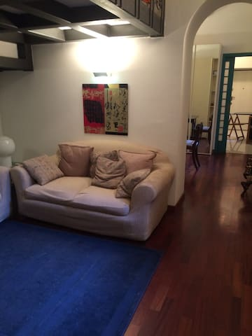 La Casina in the centre of the city - Milão - Apartamento