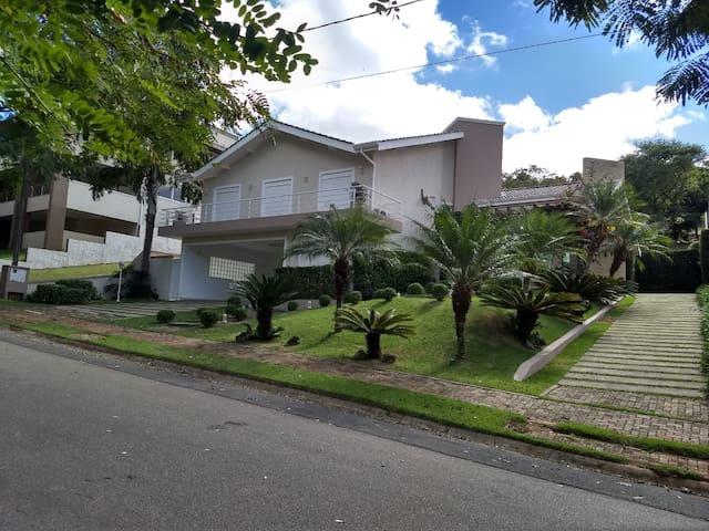 Casa em Residencial de Alto Padrão - Atibaia / SP