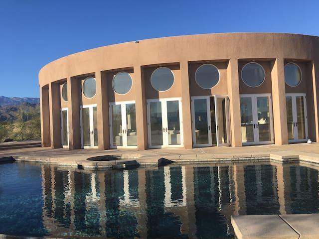 Modern Archite Palm Desert Finest!