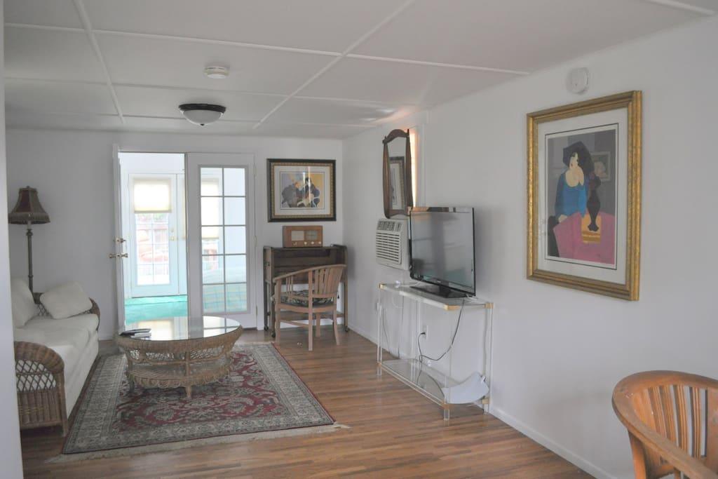 Light and lovely living room