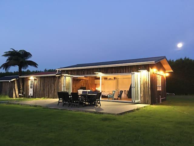 Kapiti Coast Southern Sky Barn Stay