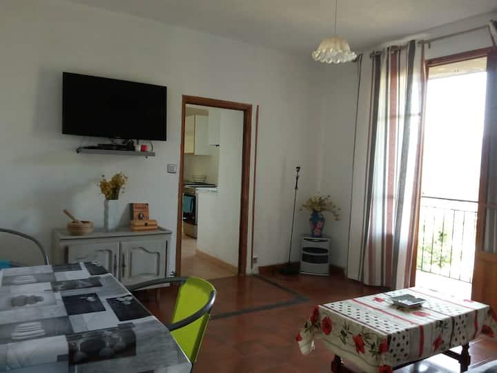 joile appartement typique corse de 64 m2