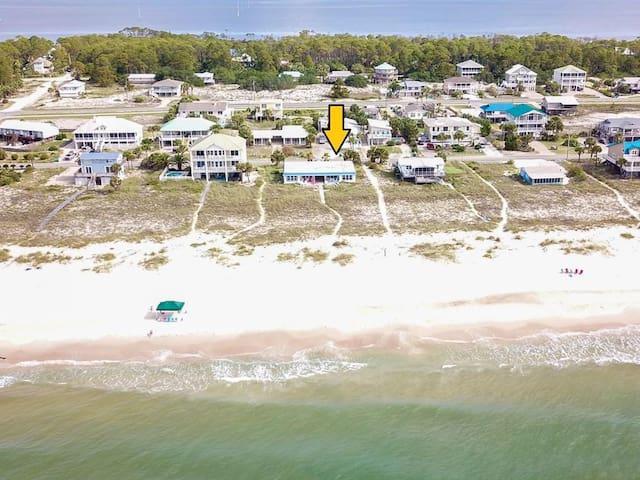 Beachfront! St George Island, Sleeps 6-8, 3 BR 2B
