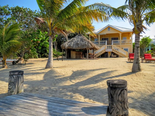Villa Rising Sun Beachfront with Beach bar & dock