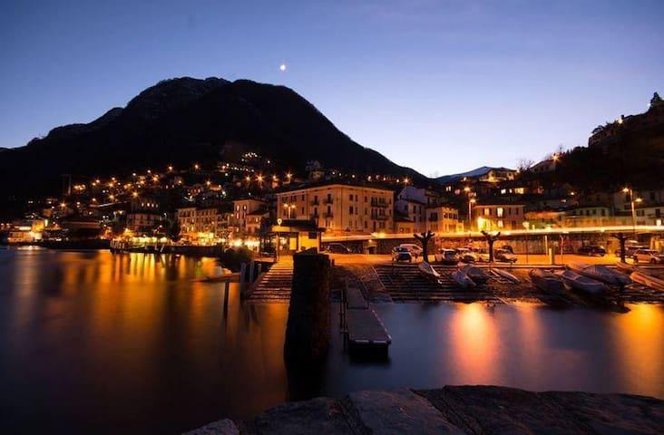 Lake Como, nice apartment with spectacular view - Argegno - Huoneisto