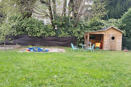 Grande villa proche Grenoble, idéale famille - Domène - Hus