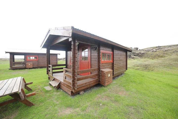 Hólaskjól Cabin 4 / Eldgjá highlandcenter