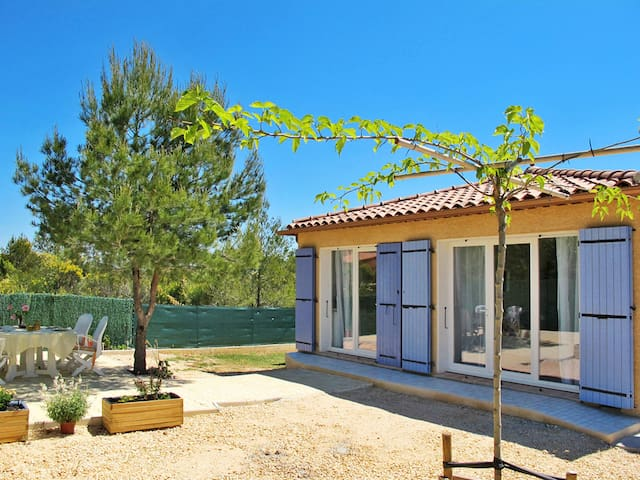 Holiday home in Néoules - Neoules - House