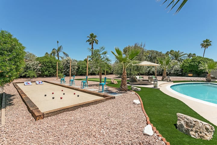 *Scottsdale Retreat* Heated Pool +Spa +Golf +Games