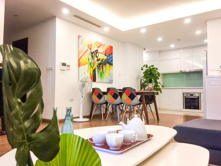 Hanoi apartment for rent , 3 bedrooms, 2 bathrooms