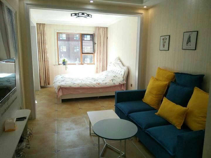 新装豪华温馨干净整洁一客一换大床日租周租月租房