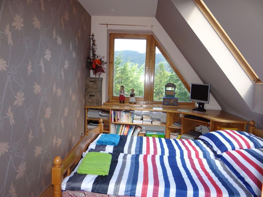 sypialnia (podwójne łóżko)