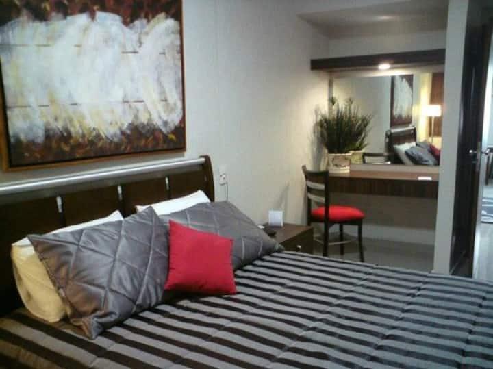 Flat em Hotel,centro c/café, quarto em 2 ambientes