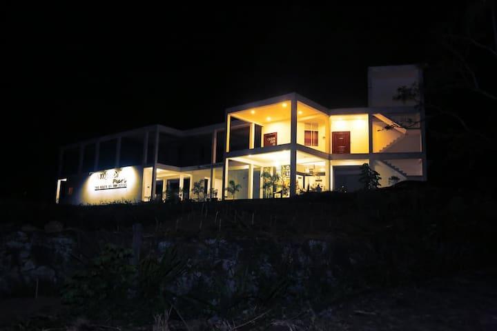 Akoya Pearl Resort