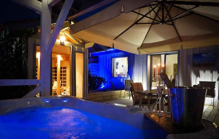 loft  avec spa et sauna privatif dans jardin clos