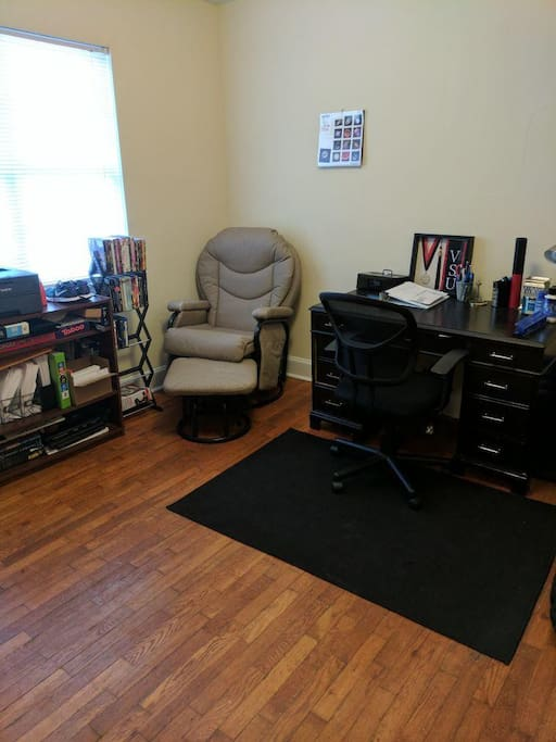 Office room/Spare room.