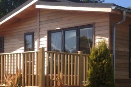 1 Bedroom Luxury Lodge at Norfolk Park - North Walsham - Chalé