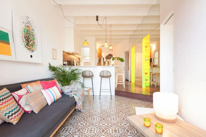 Past Meets Present in this Stunning Flat Near the Beach