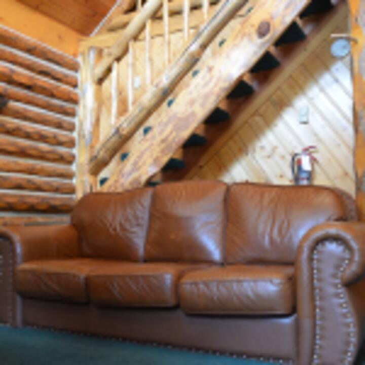 Eagle Ridge Ranch Family Cabin