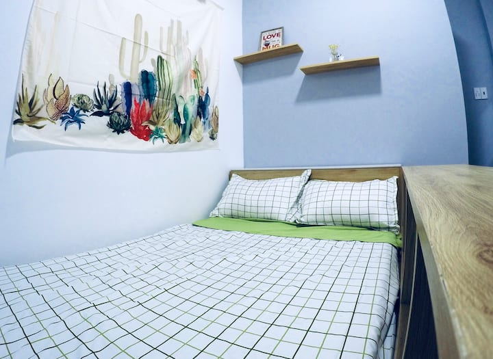 TeHouse-Cozy-Safe-Comfortable-Double Room2