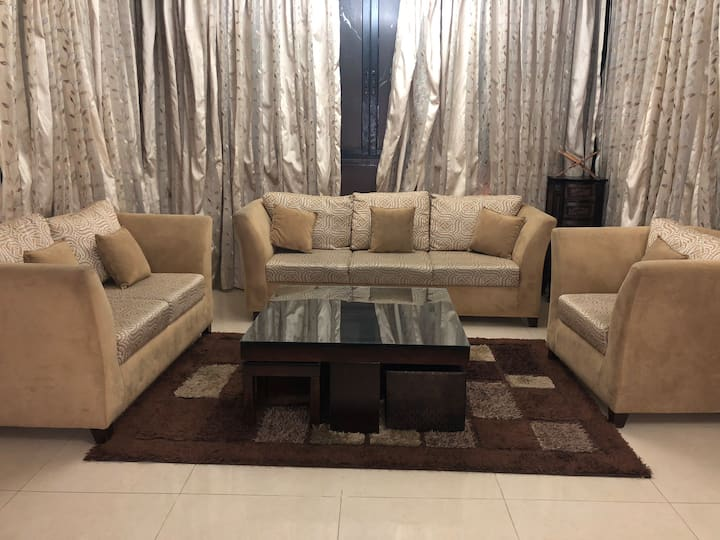 Spacious Apartment in Kraytem,Beirut Near Hamra