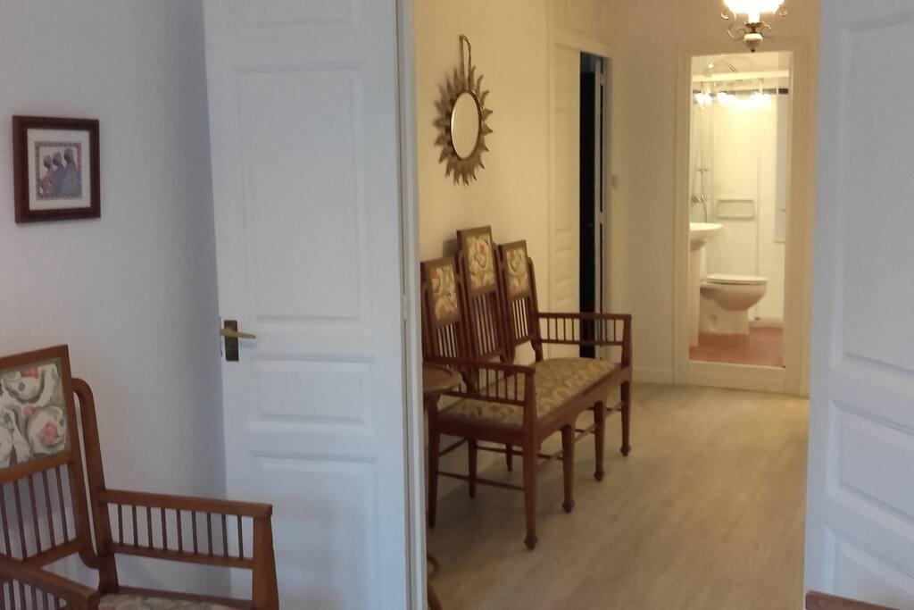 Distribuidor de las habitaciones del apartamento