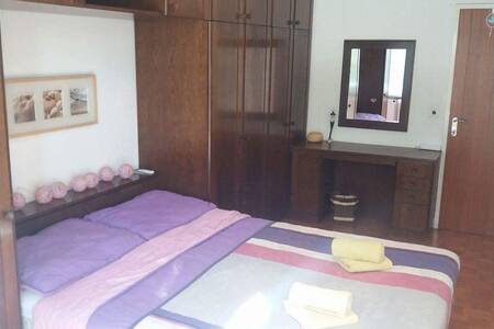 DOUBLE ROOM/free parking/green spot - Lublana - Dom