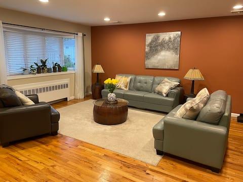 Beautiful, Comfortable, Modern NY Home