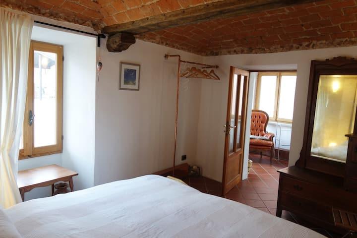 CASA CARRUBA - House with a Soul close to Damanhur