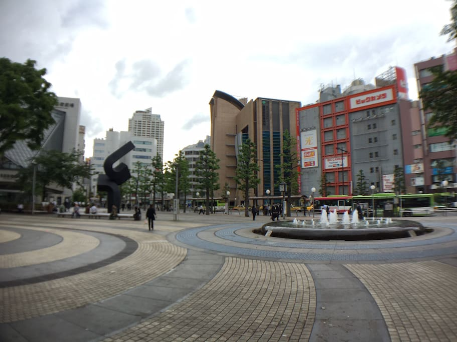 Our studio is within a lively area in Ikebukuro, you will have no problem finding restaurants, bars, places to shop, etc.