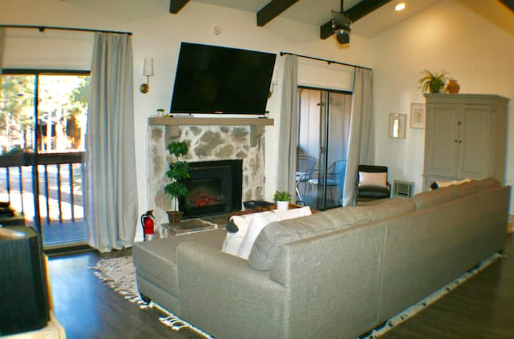 Beautiful Comfortable Condo-Cool Pines of Pinetop