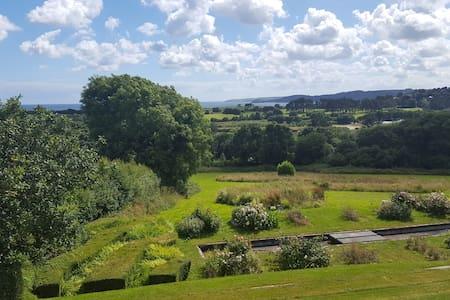 Huge sea views, big house and garden, near Fowey. - Fowey - Casa