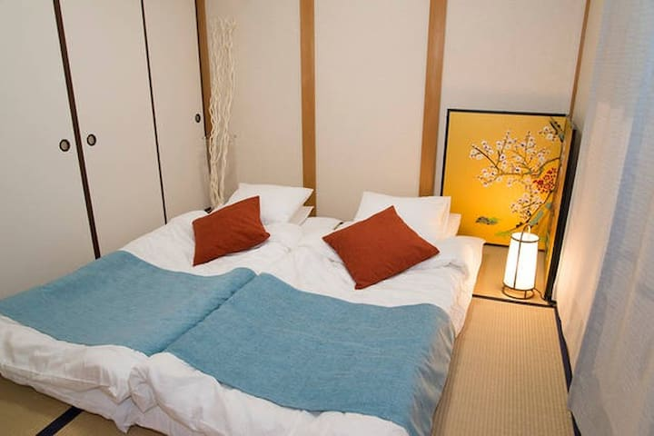 Center of Gion!/Traditional House/Best location!