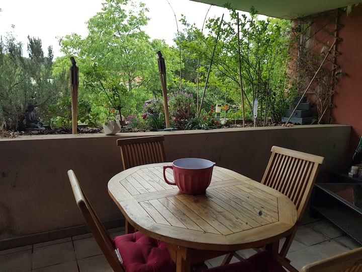 Appartement à 15mn d'Aix en Provence  avec piscine