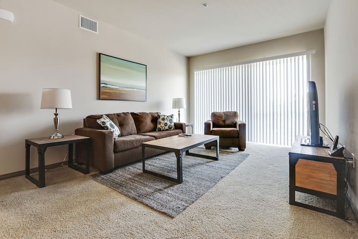 Gorgeous 1BR APT in the heart of Marina Del Rey