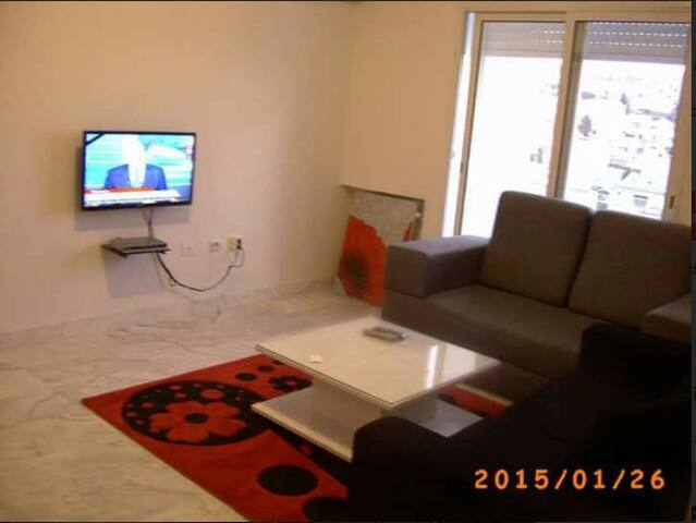 Clean and beautiful place, Plage @ 150M - Carthage - Apartment
