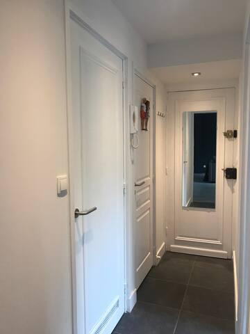 Entrée et Couloir - Hall