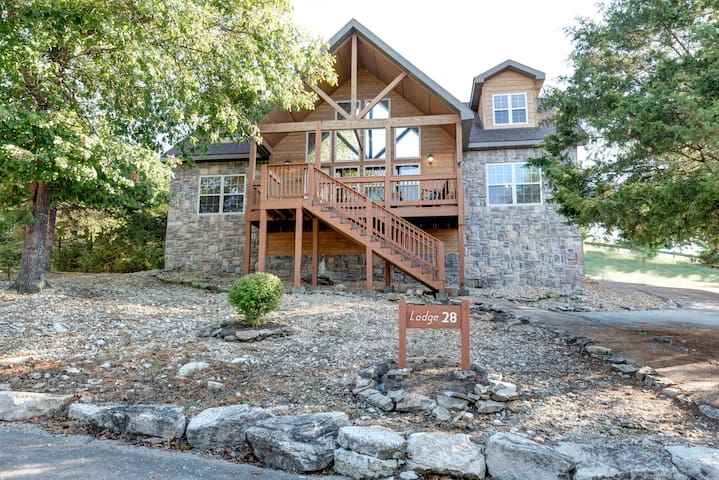 Gorgeous Lodge for Group Getaway | 4 Master Suites