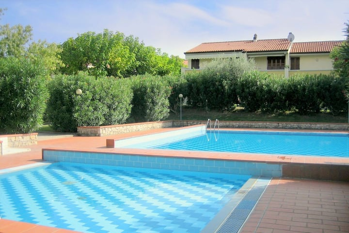 Spacious Holiday home in Lazise with shared Pool