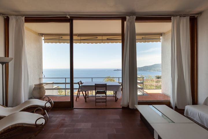 Villa Paradiso, indulge in the Riviera lifestyle