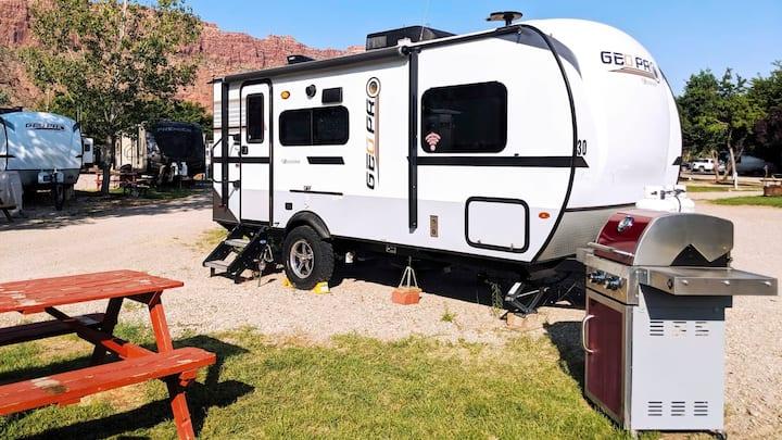 Outdoor Fun II : RV Fully Setup! OK29