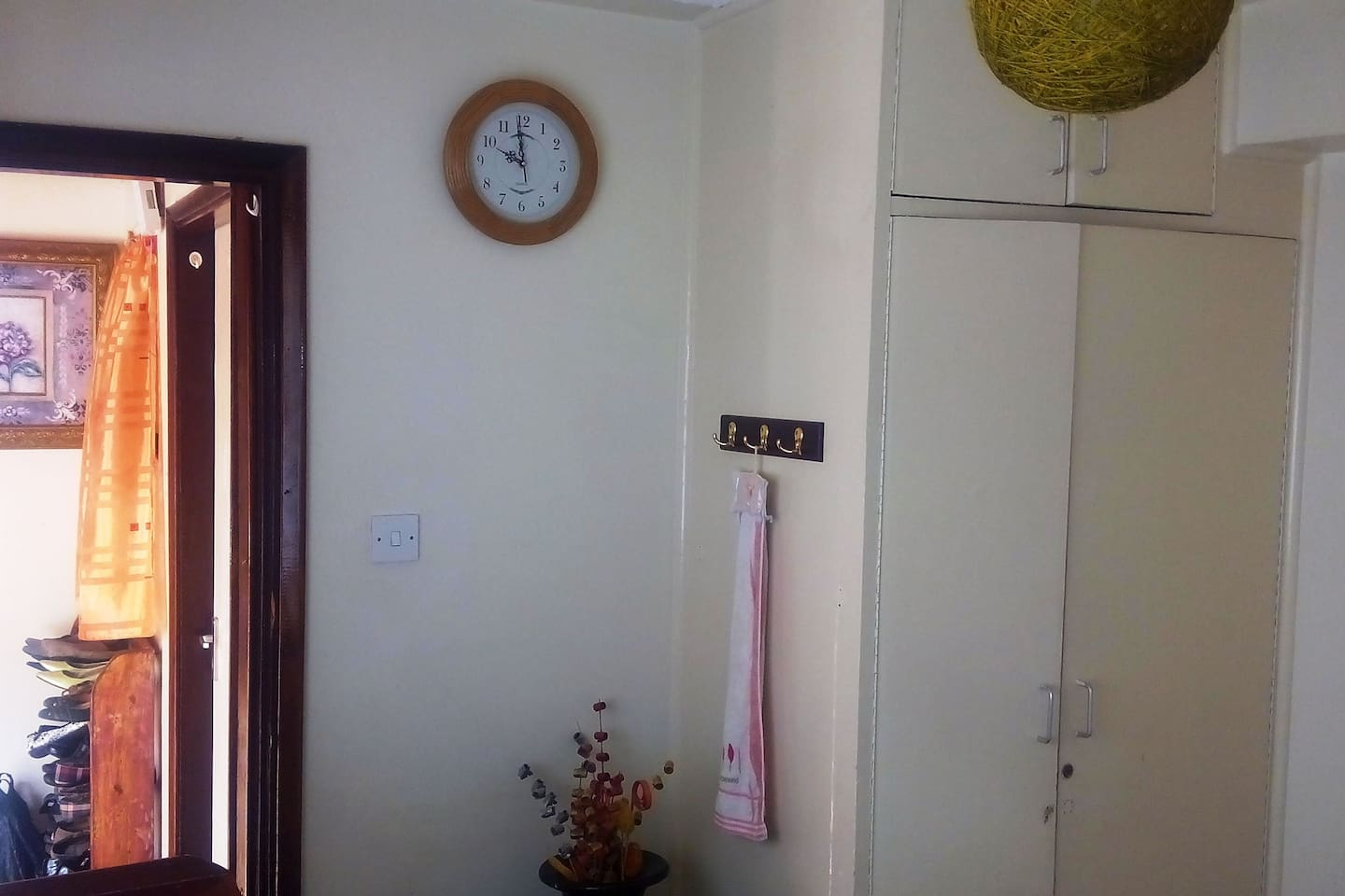 Entry to the room with clock and lockable door