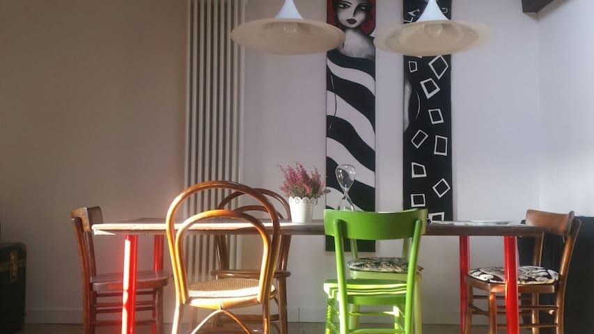 pulita camera privata ben localizzata