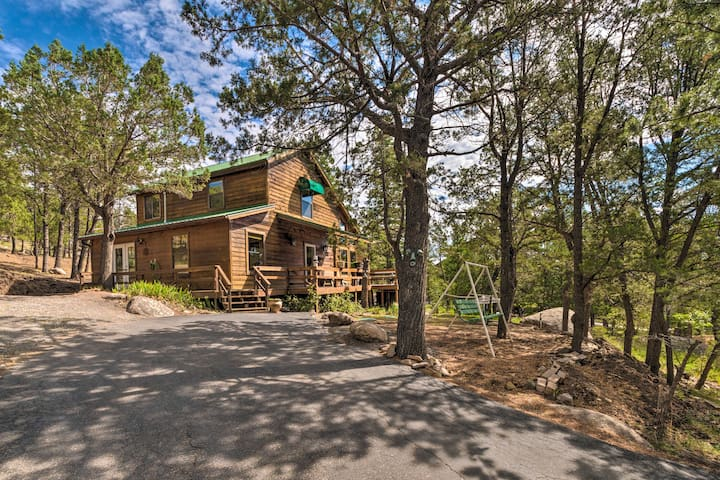 NEW! Alto Home w/ Mtn Views ~15 Mi to Ski Apache!