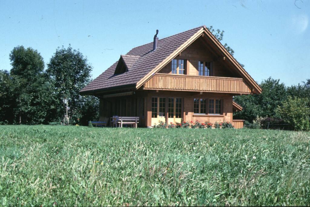 Haus auf 1.000 qm großem Grundstück