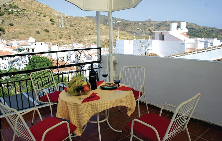 Terraced house with 2 bedrooms on 54 m² in Torrox