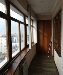 MODERN APARTMENT WITH AMAZING CITY VIEWS! - Bishkek - Lakás