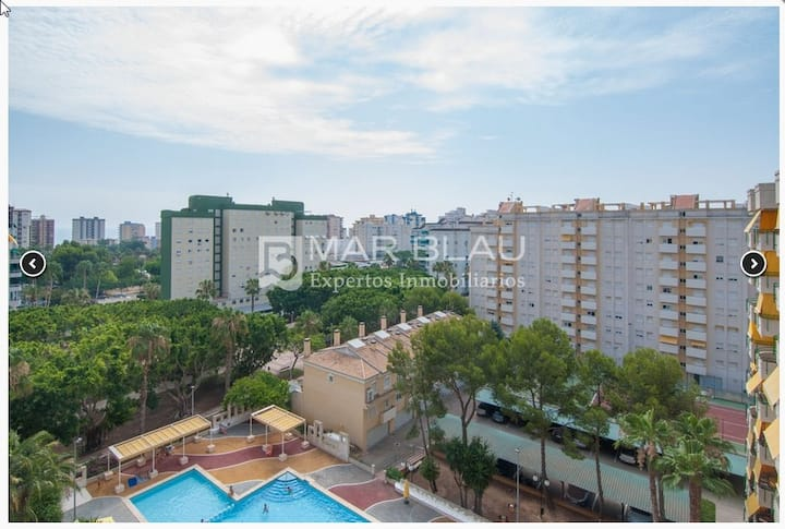 Apartamento en Playa de Gandía + piscina y parking