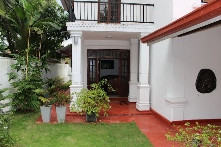 Natures Bliss Private Villa - Ragama - Apartemen